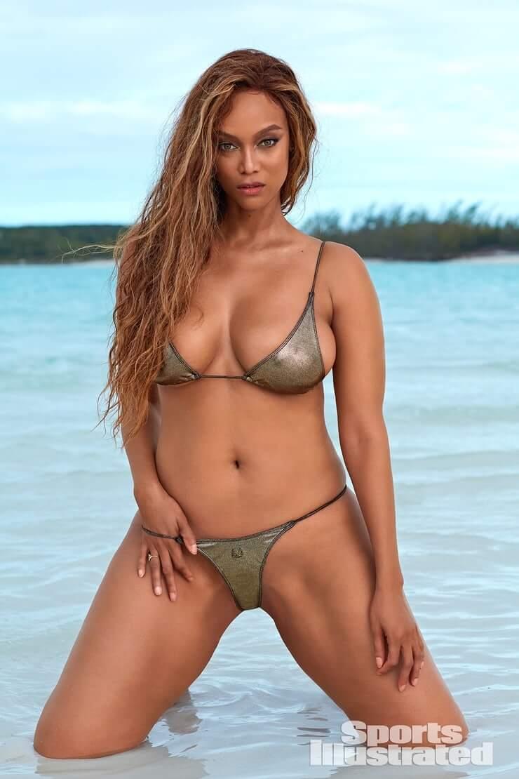 Tyra Banks sexy image
