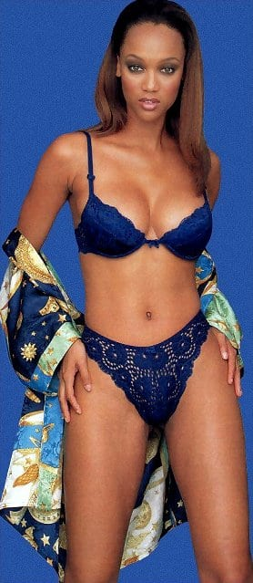 Tyra Banks sexy picture