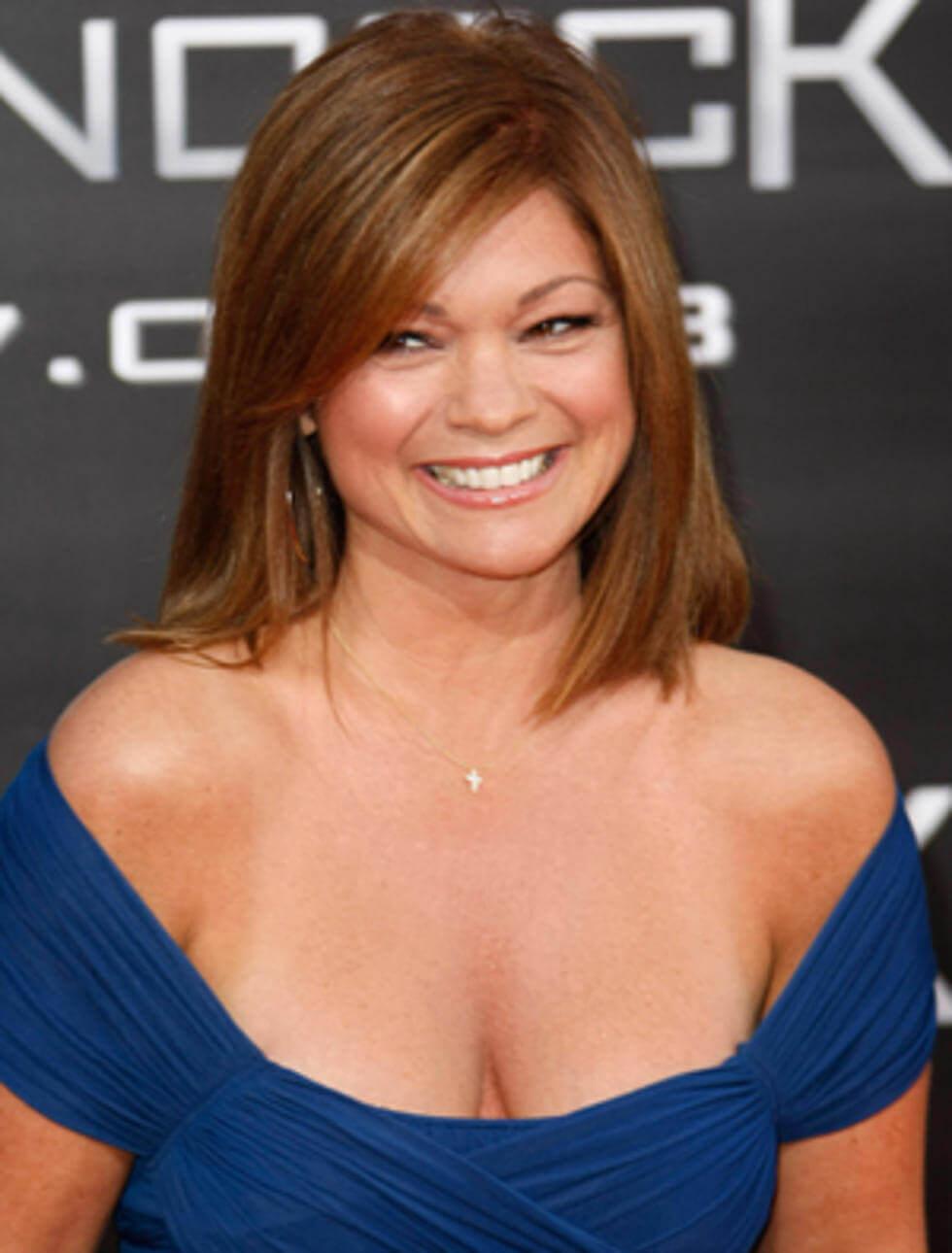 Valerie Bertinelli cleavage pictures