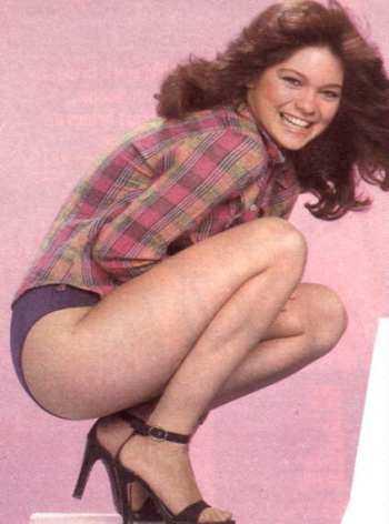 Valerie Bertinelli sexy thighs