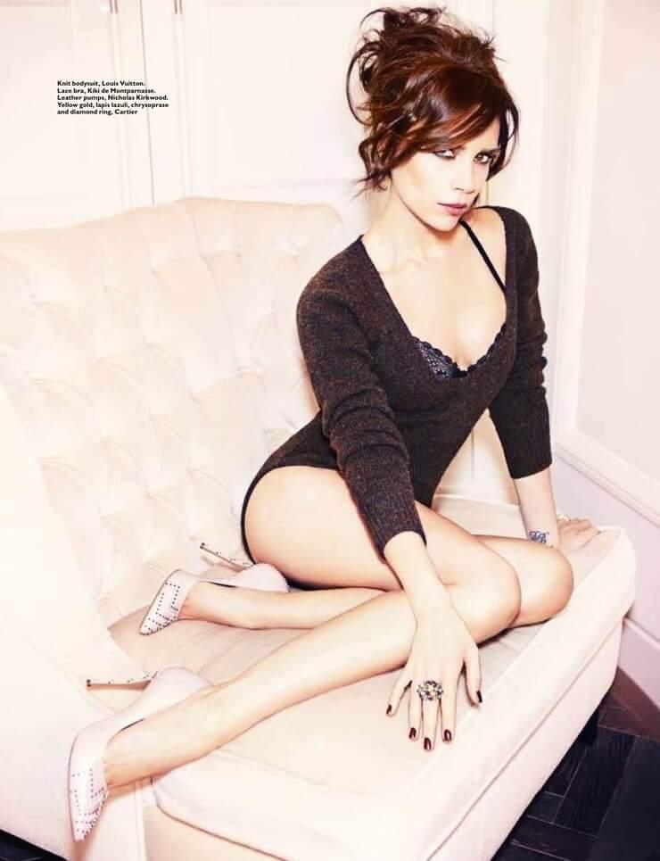 Victoria Beckham hot feet