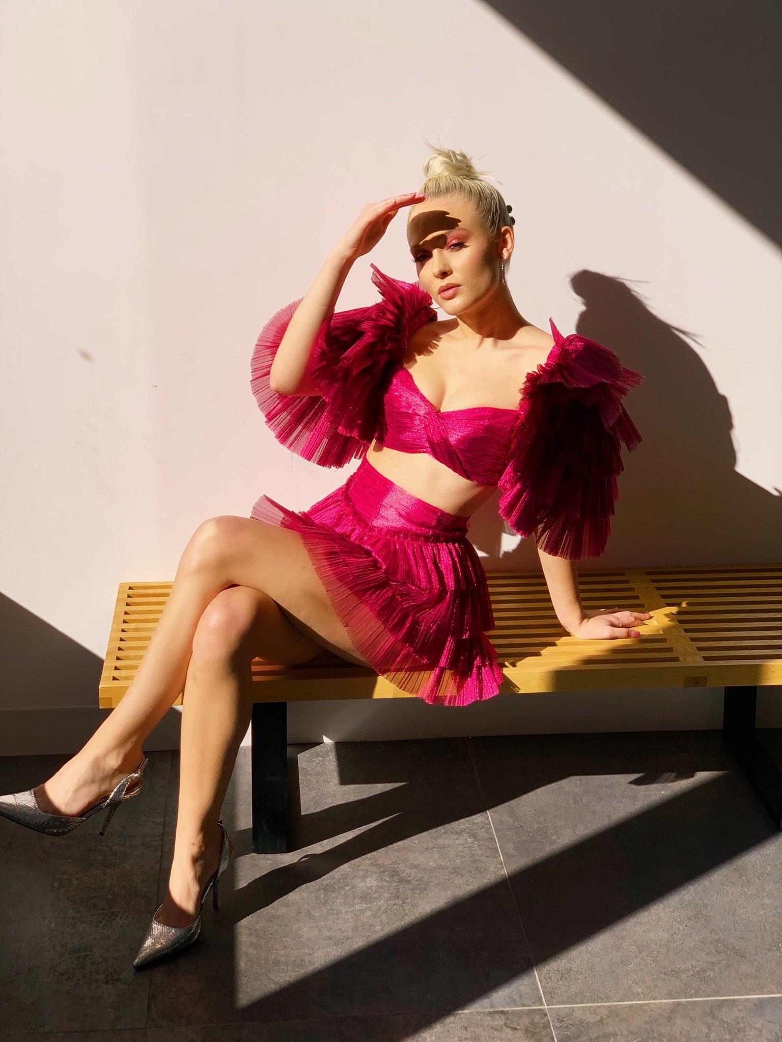 Zara Larsson awesome pics