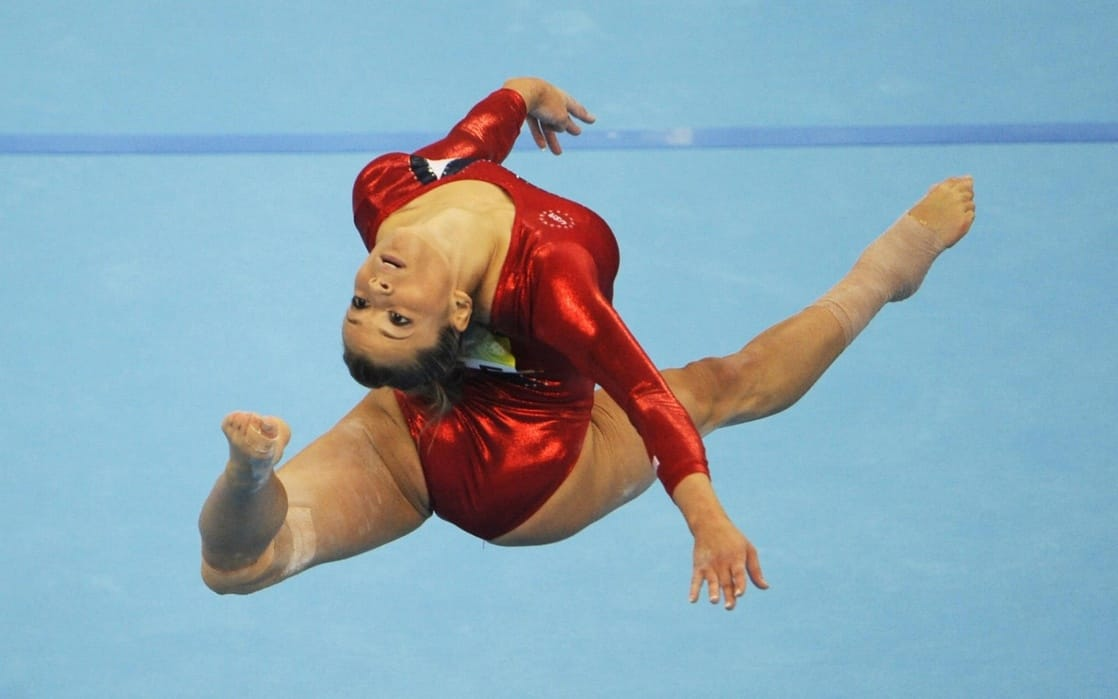 alicia sacramone bare feet