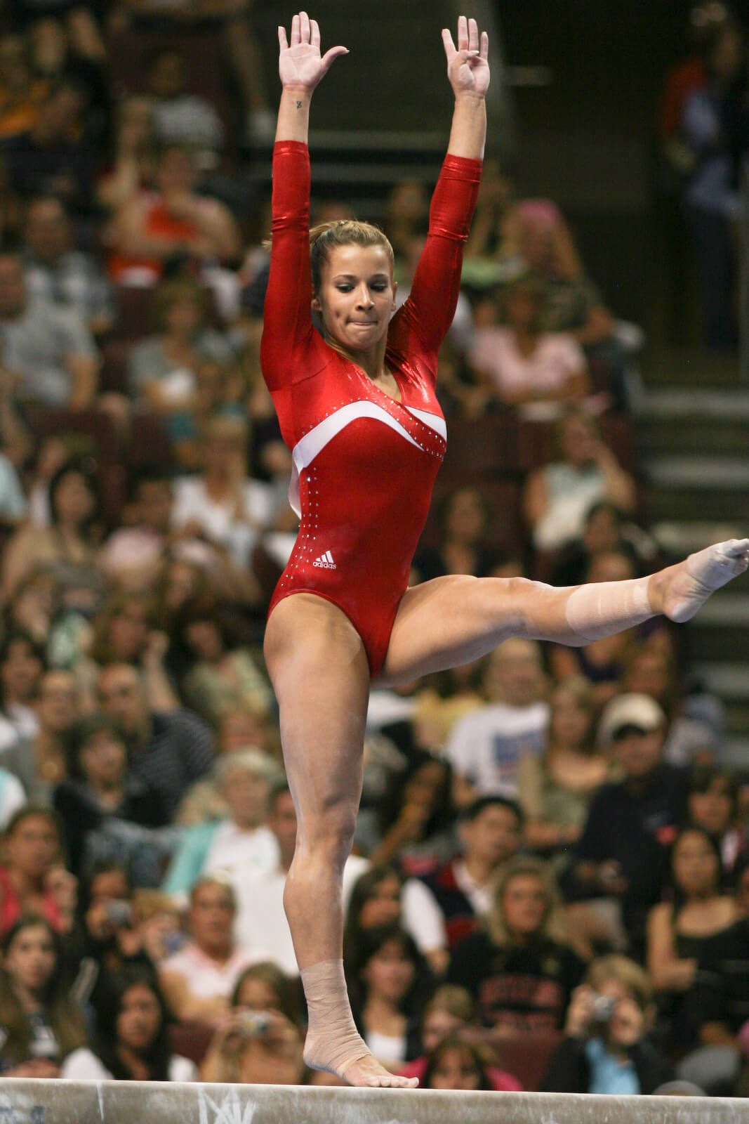alicia sacramone hot pics