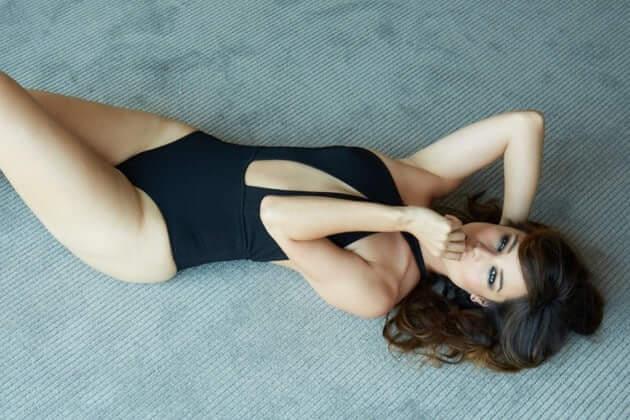 bérénice marlohe thighs hot