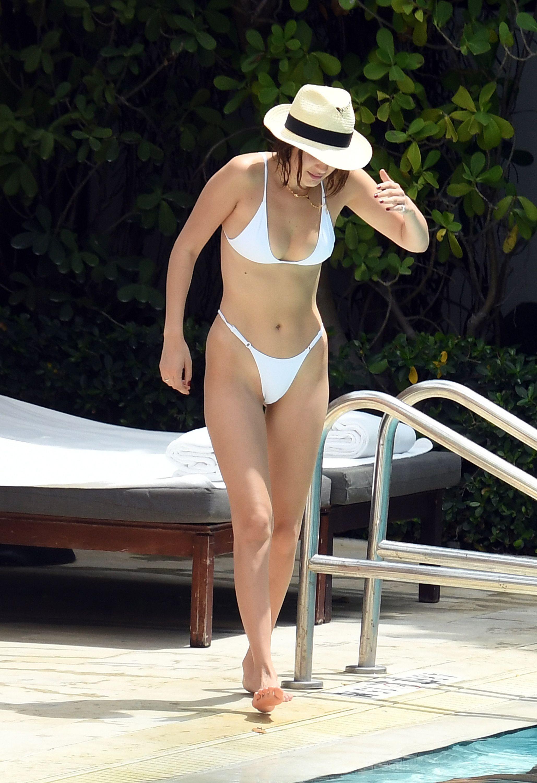 bella-hadid-white-sexy-bikini