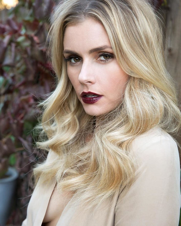 brianna brown sexy look