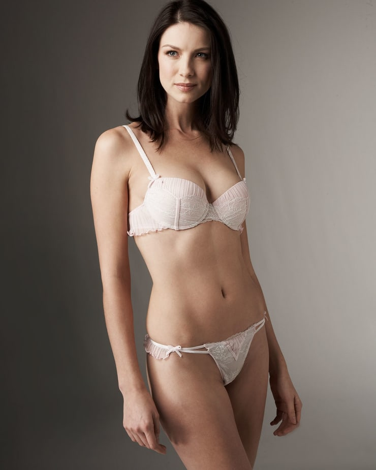 caitriona balfe bikini photo
