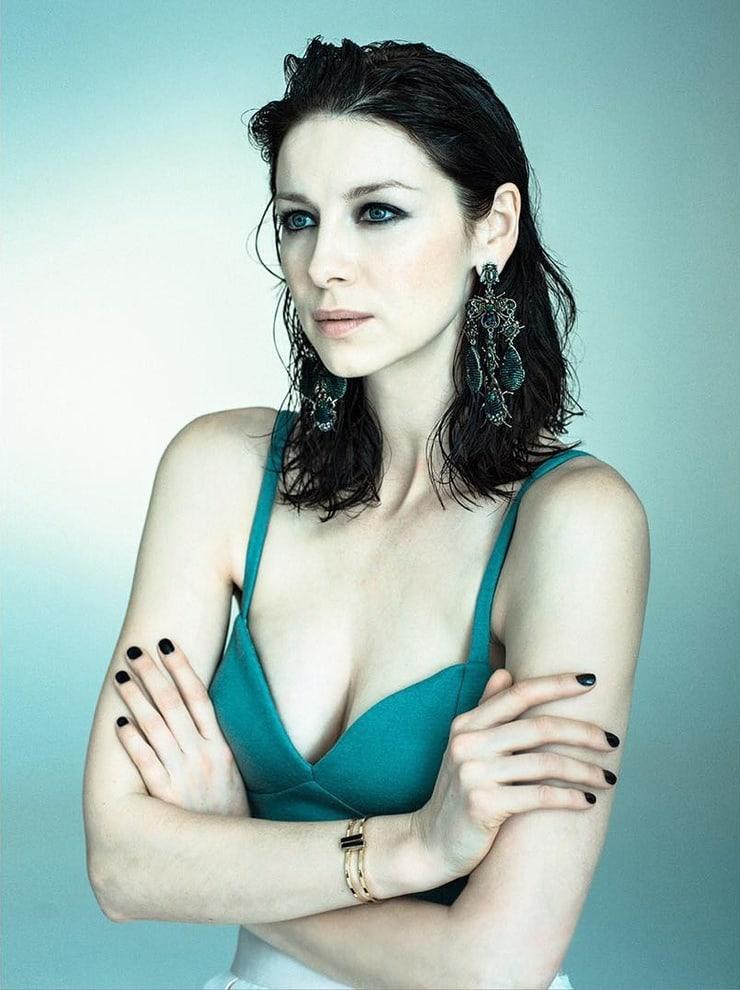 caitriona balfe green bikini