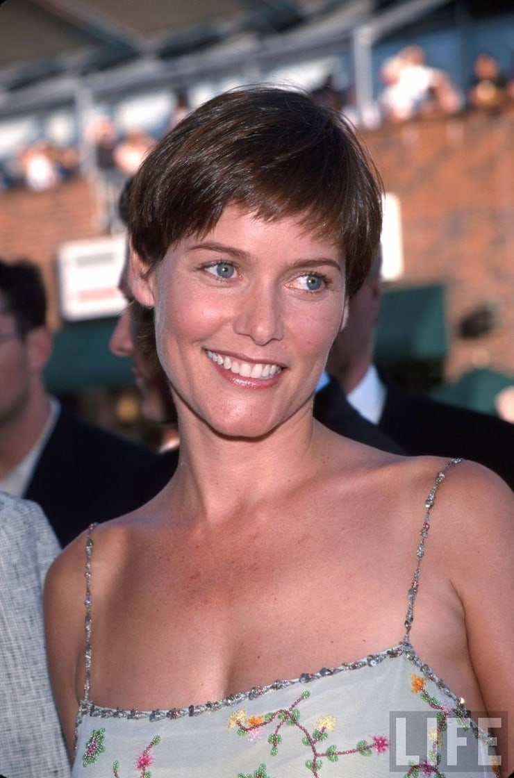 carey lowell wow