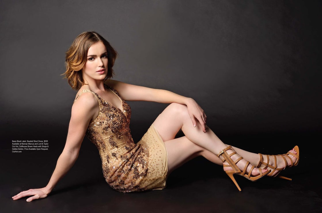 elizabeth henstridge feet