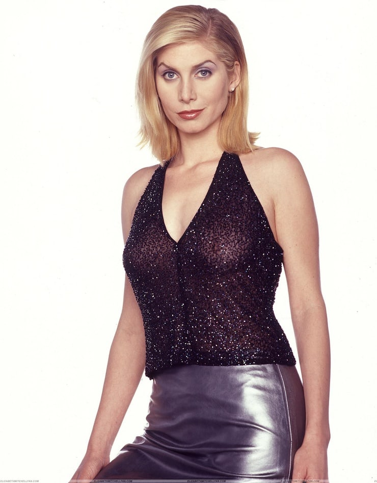 elizabeth mitchell hot pics