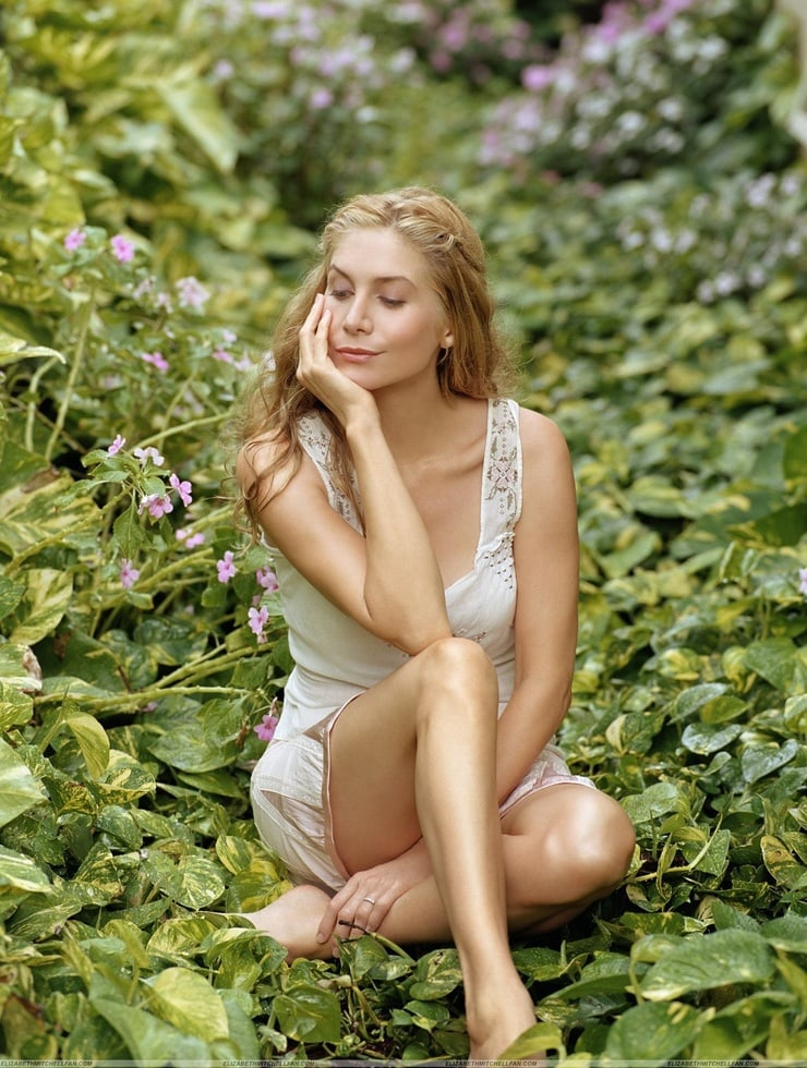 elizabeth mitchell outdoor