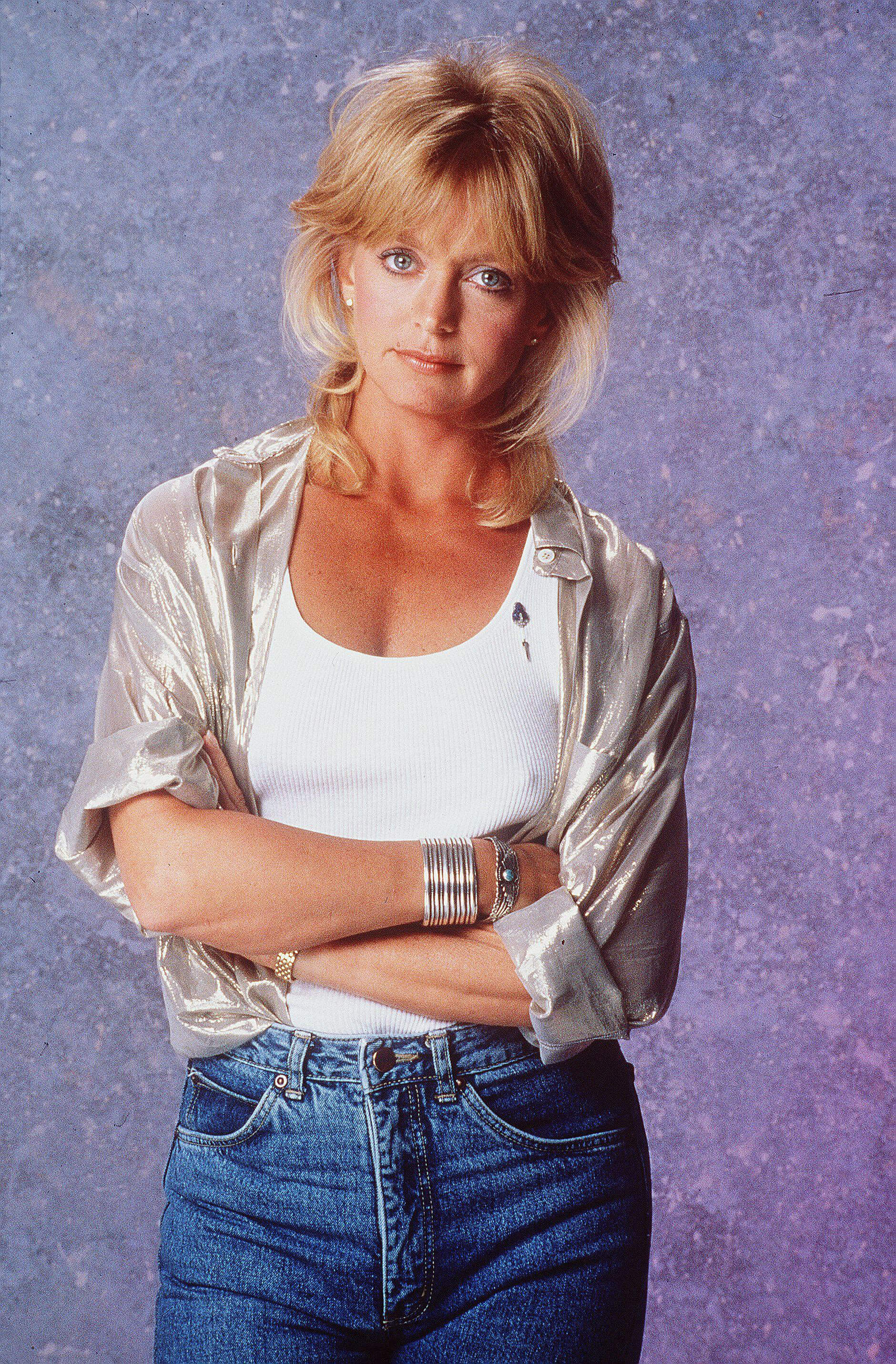 goldie hawn sexy look
