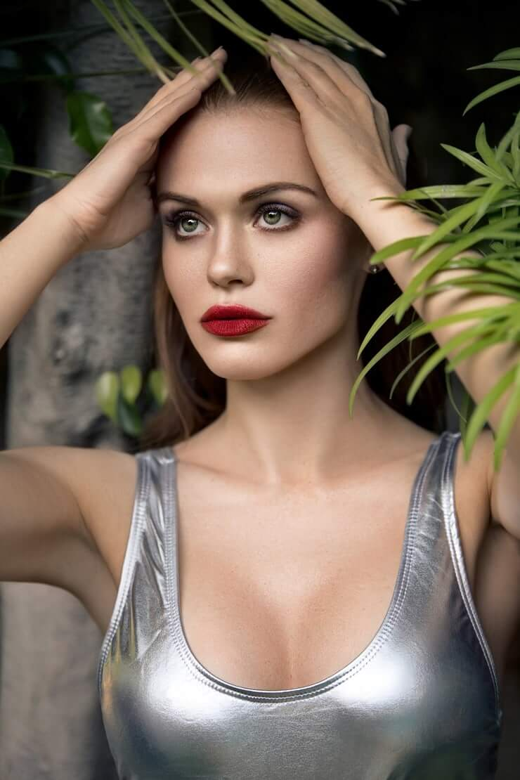 holland roden sexy photo
