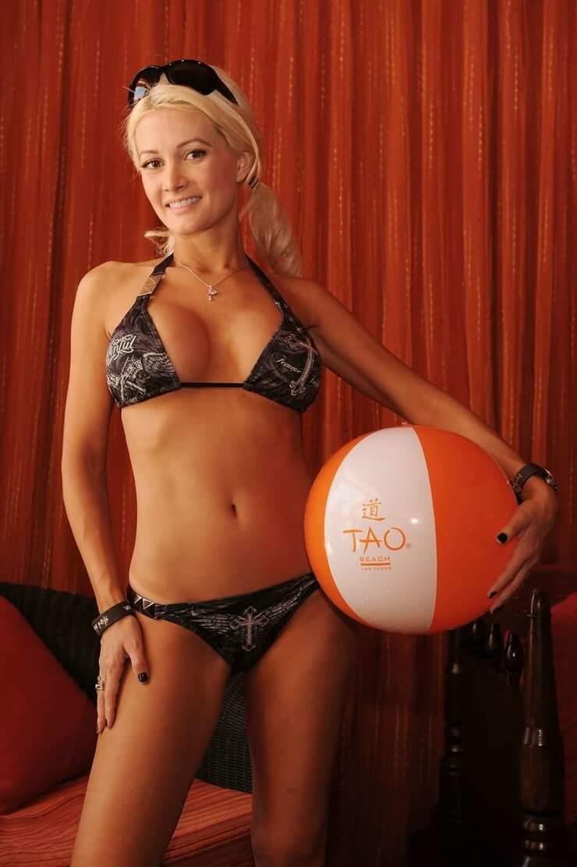 holly-madison bikini