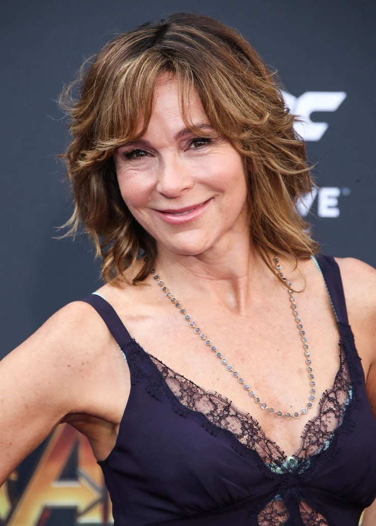 jennifer grey hot cleavage photo
