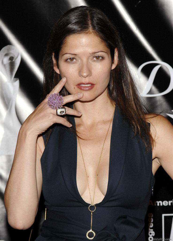 jill hennessy cleavage pictures