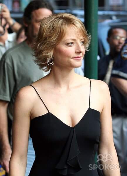 jodie foster sexy look