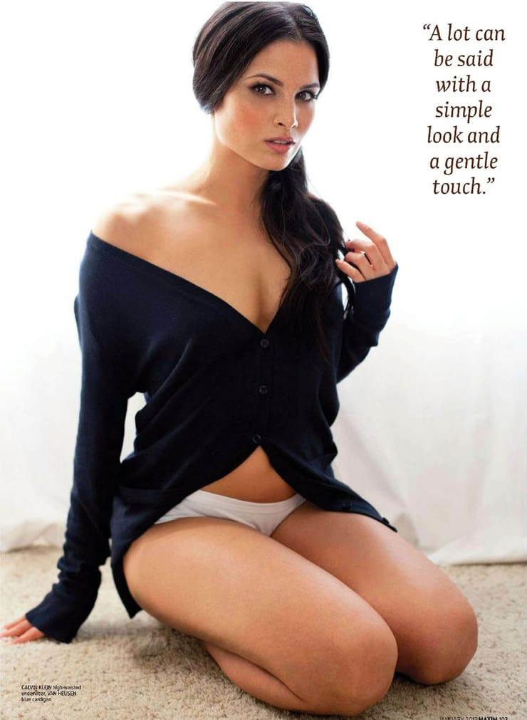katrina law thighs