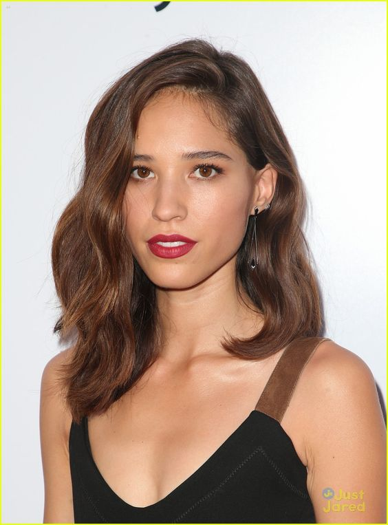 kelsey chow hot lips