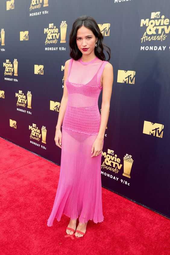 kelsey chow red carpet