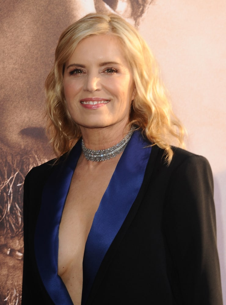 kim dickens cleavage pictures