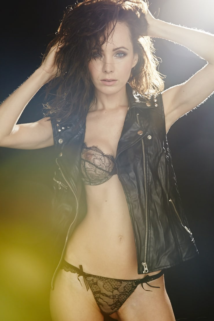 ksenia solo hot pictures