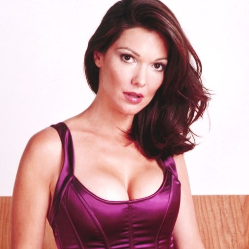 laura harring hottie look