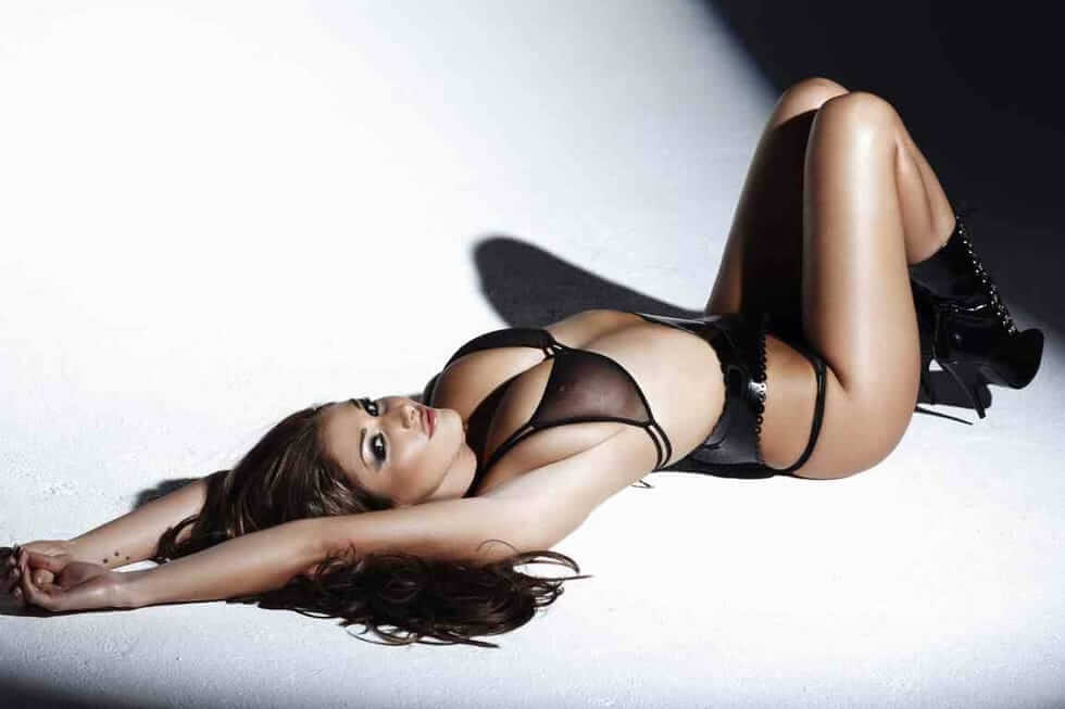 lucy pinder hot pics