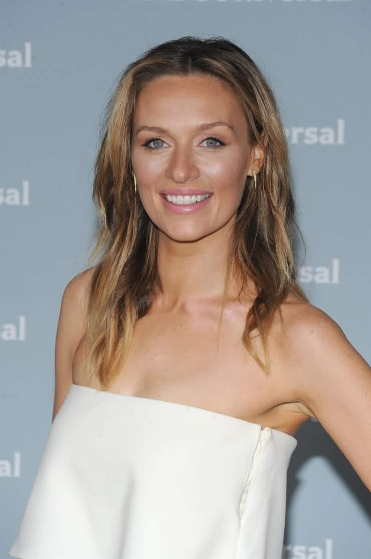 michaela mcmanus hot smile