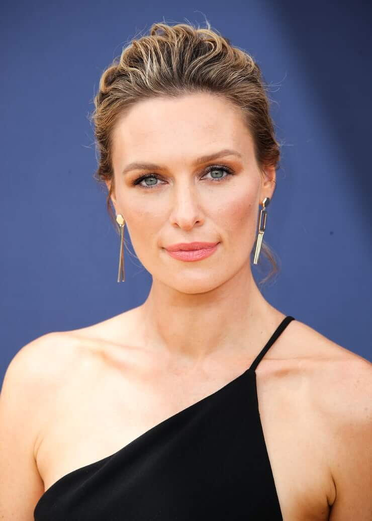 michaela mcmanus hottie look