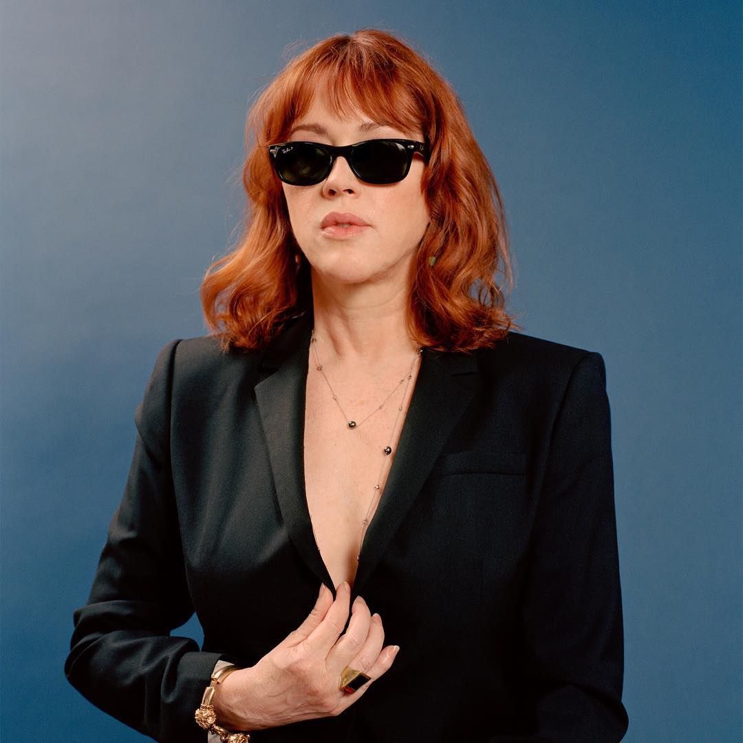 molly ringwald cleavage