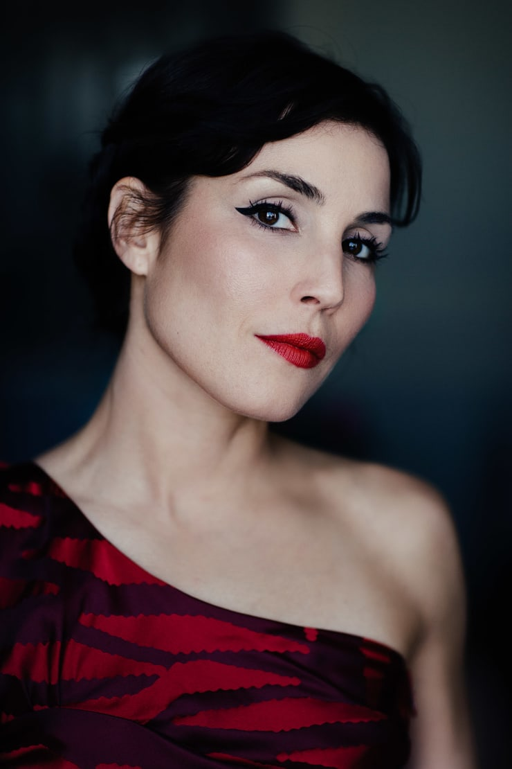 noomi rapace lips