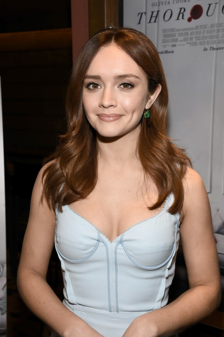 olivia cooke cleavage pictures