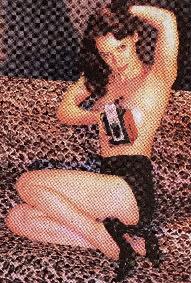 paget brewster thighs pics