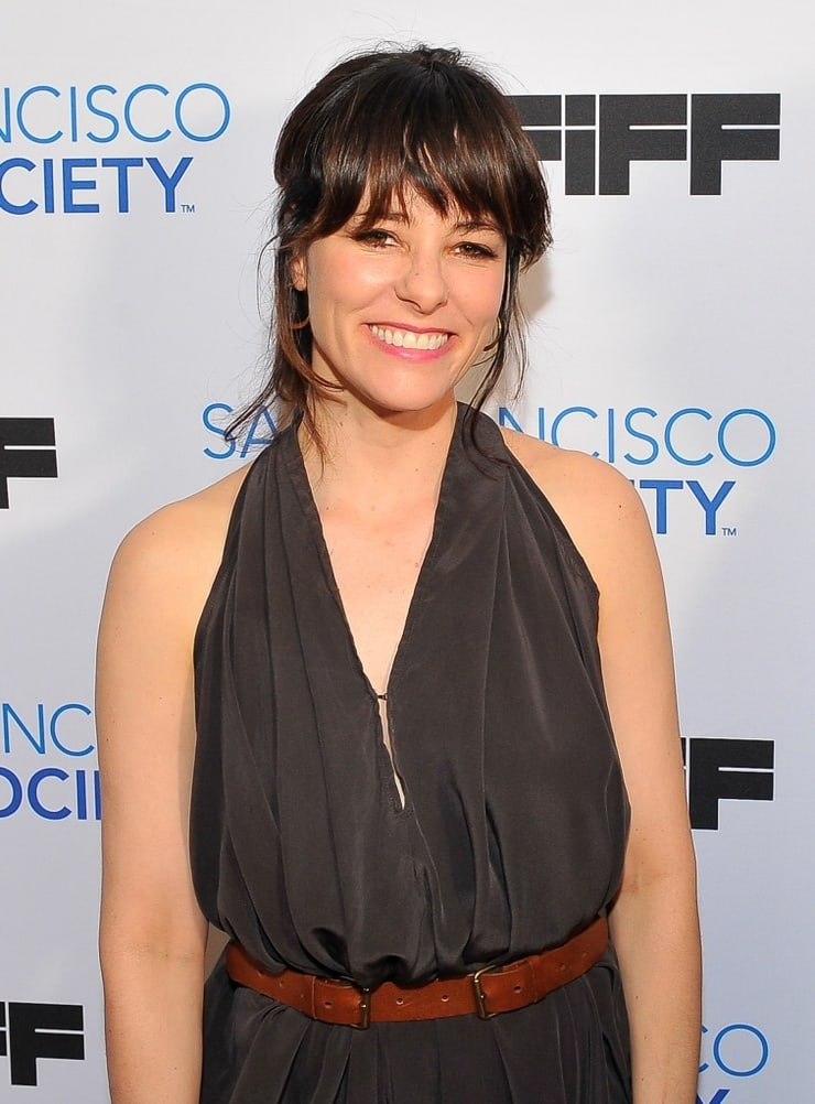 parker posey smile pics