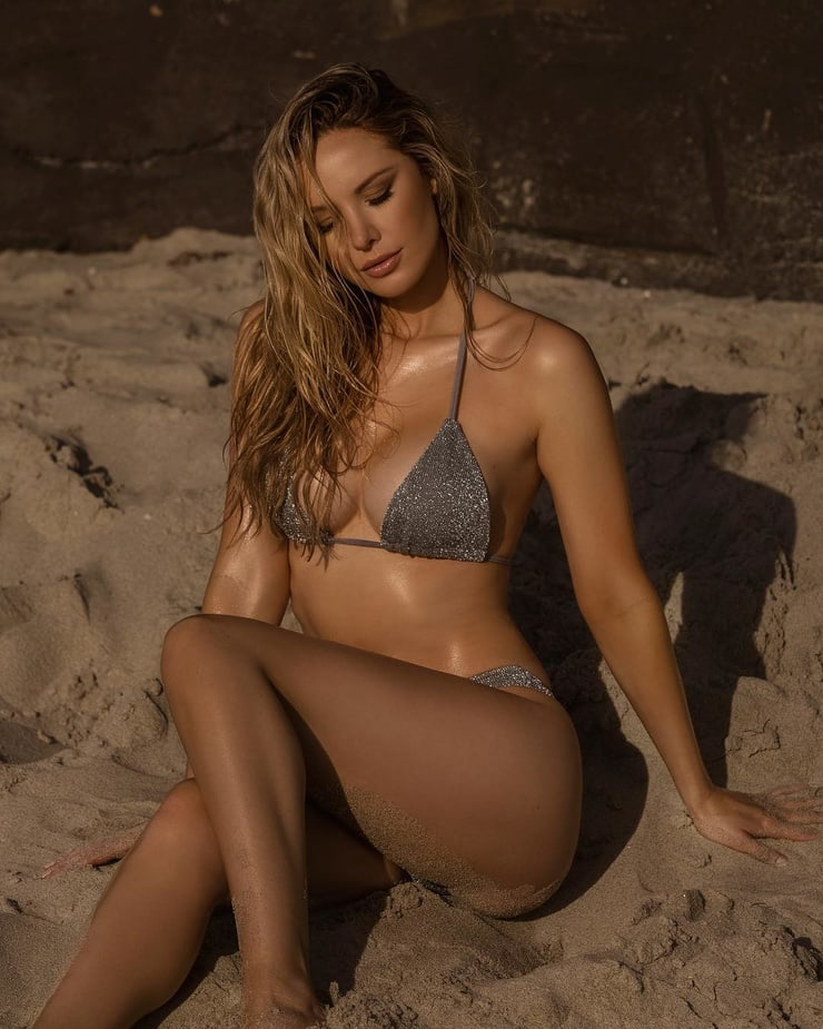 tiffany toth bikini pics