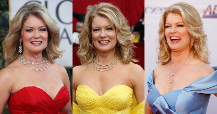 61 Mary Hart Sexy Pictures Will Rock Your World