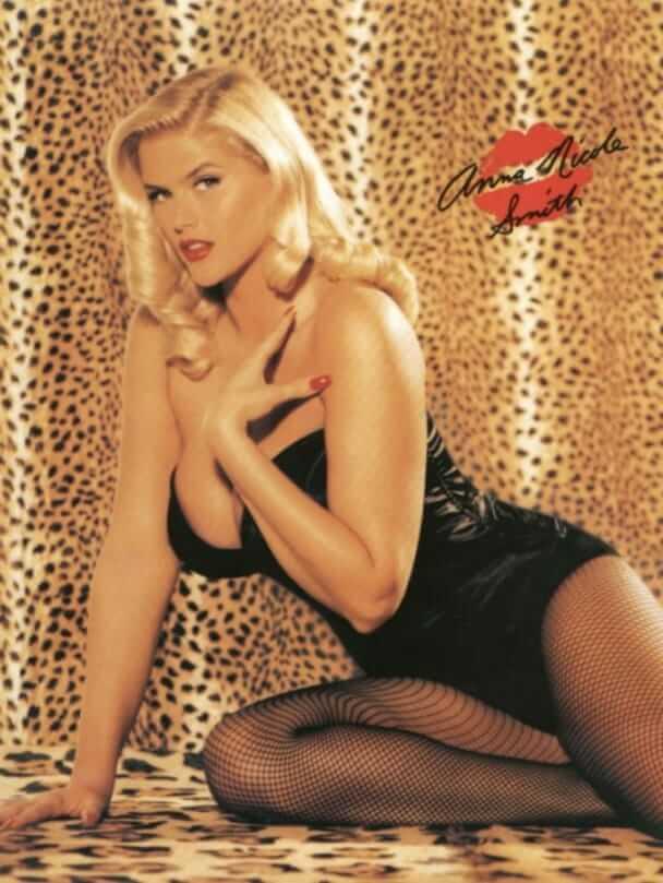 Anna Nicole Smith sexy bikini pics