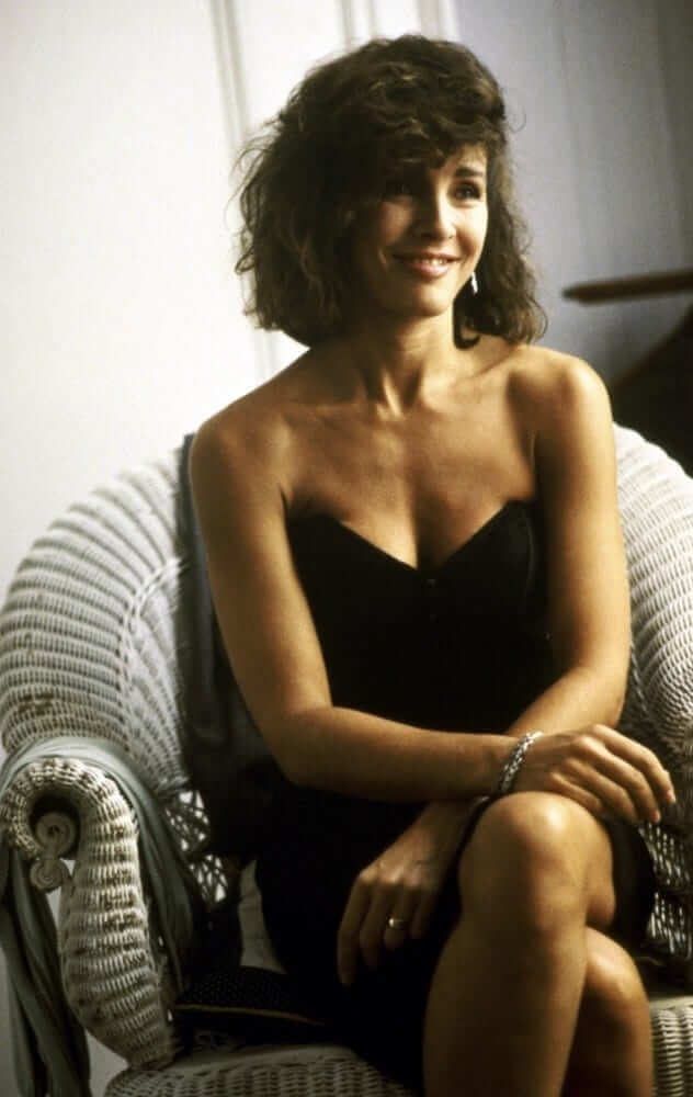 52 Anne Archer Sexy Pictures That Will Make Your Day A Win