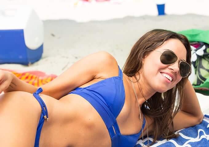 Aubrey Plaza sexy lingerie