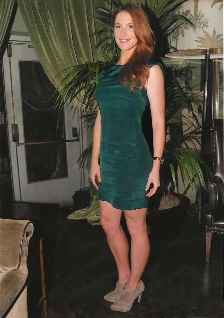 Bridget Regan beauty pics