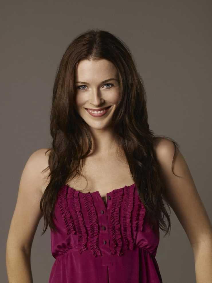 Bridget Regan breasts pics