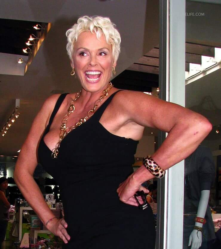 Brigitte Nielsen hot side pics