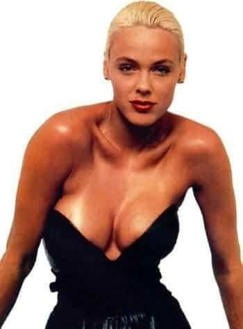 Brigitte Nielsen sexy boobs pics