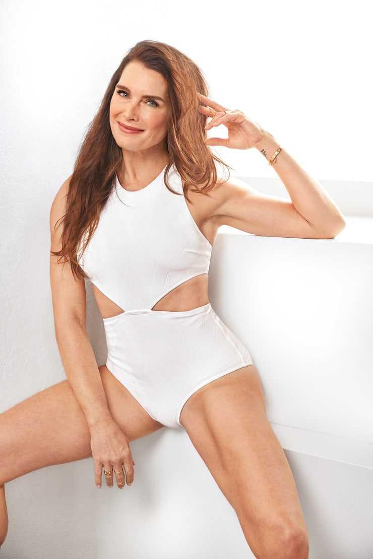 Brooke Shields awsesome pic