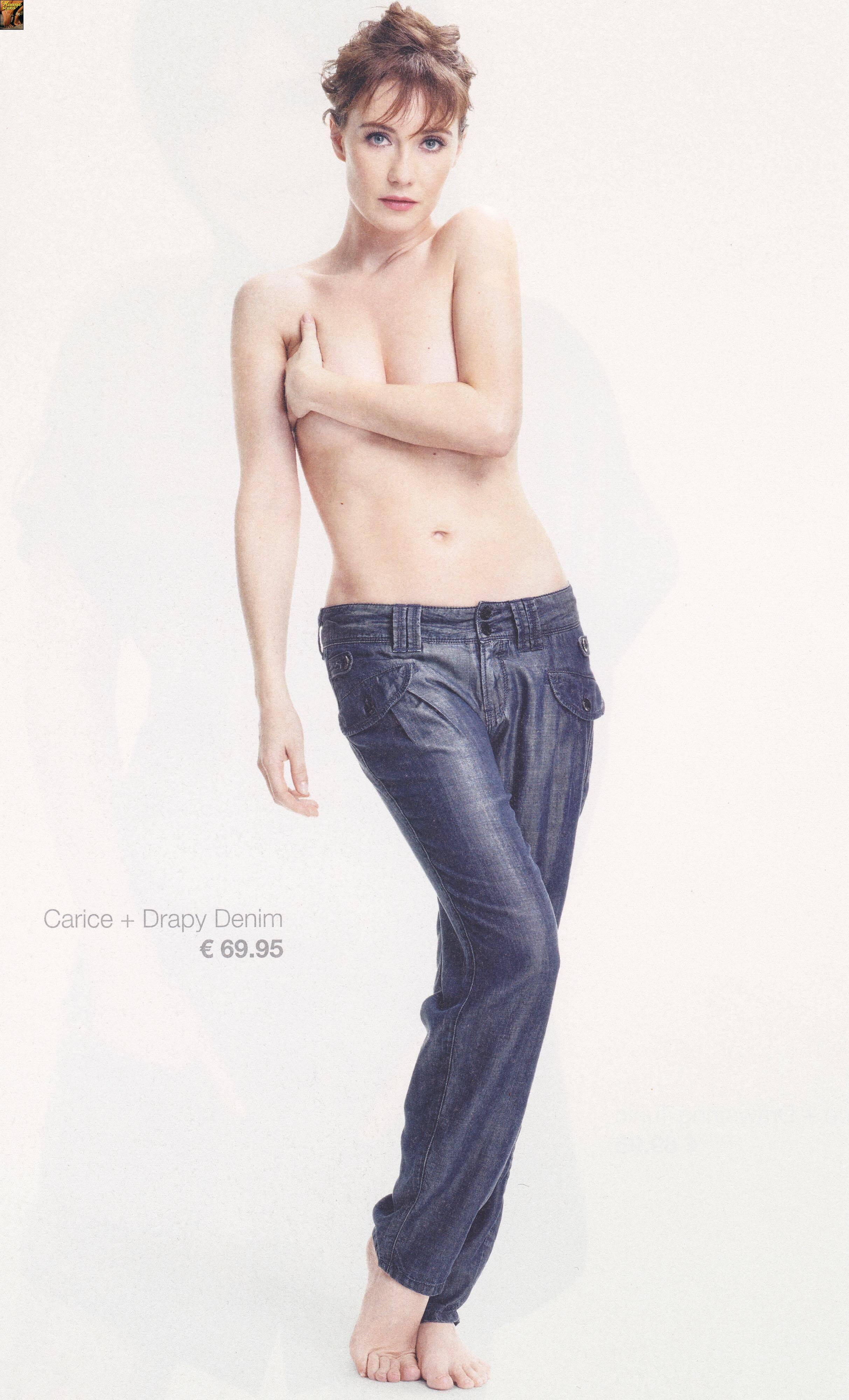 Carice van Houten topless (2)