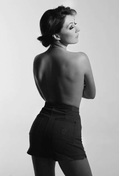 Carice van Houten topless