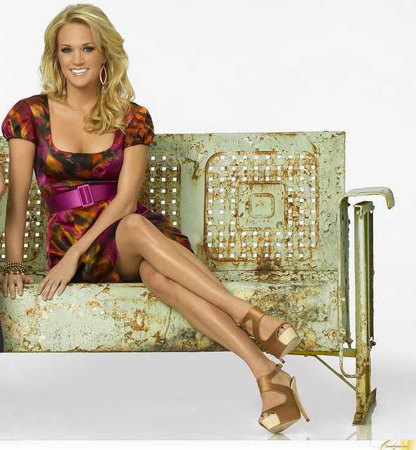 Carrie Underwood legs (2)